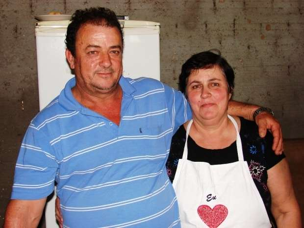 O simpático casal Jorge Bozello e Julia veio de Jacinto Machado e se radicaram na Linha 14 de Julho, em São Bento Baixo.