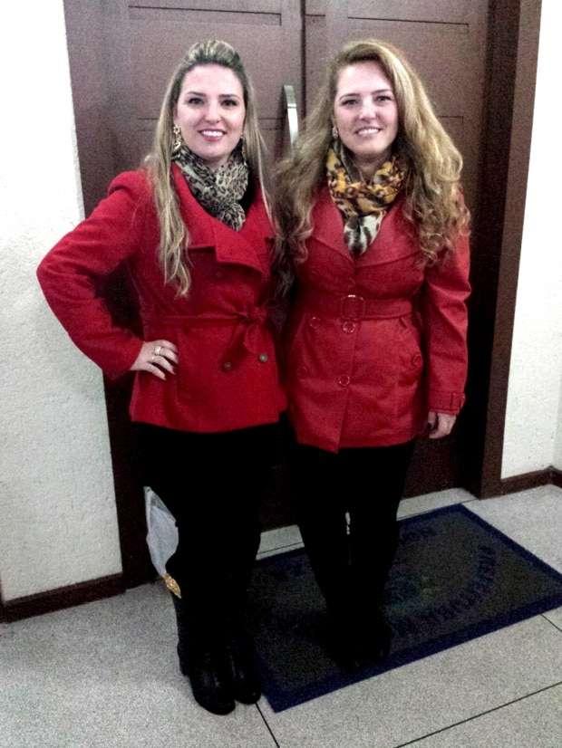 As irmãs Josilaine Bunn Onofre e Josiane Bunn Onofre Macedo sempre combinando!