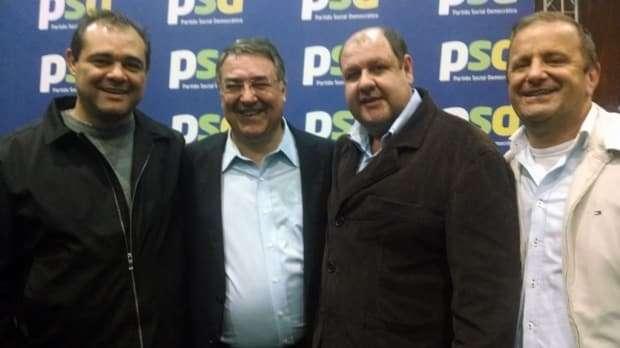 O vice-prefeito Zé Spillere, Giovanni Brogni e Zé Zanolli com o Governador Raimundo Colombo em Florianópolis. Zé Spillere está sempre reivindicando e acompanhando a vinda de verbas para o município.