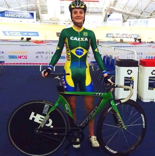 Lígia Milanez Venturini representando muito bem o Brasil no Mundial de Ciclismo.