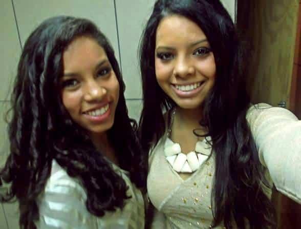 As belas irmãs Danúbia e Angélica Pereira.