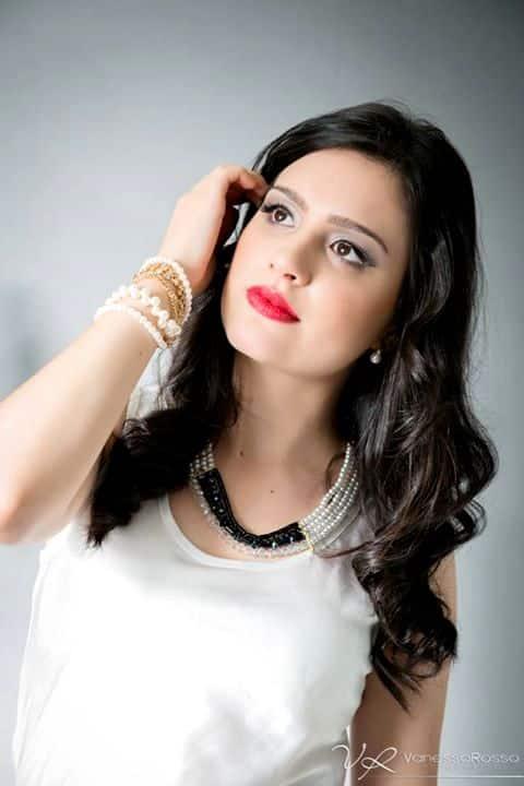 Cibele Mdaui, a cantora TOP da região.