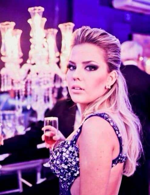 Como não amar a atriz e cantora criciumense Mariana Sônego Mattos?