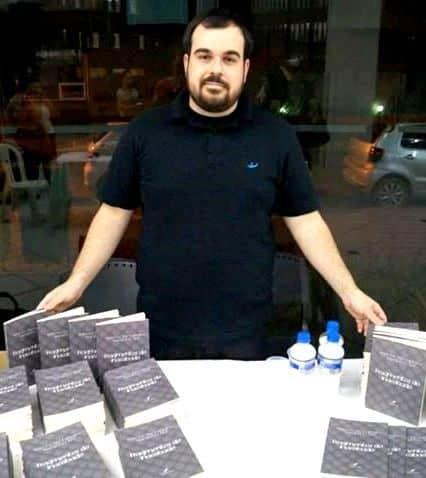Marcos Alexandre Margotti Izé que recentemente lançou Fragmentos do Inacabado, vem aí com nova obra. Aguardem!