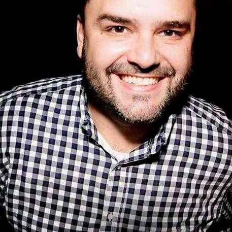 De São Paulo...o querido Carlos Wavel Chaves Filho.