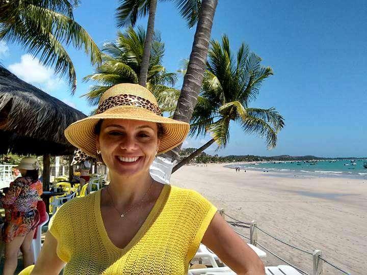 Carla Brogni curtindo as belezas de Maragogi, em Alagoas.