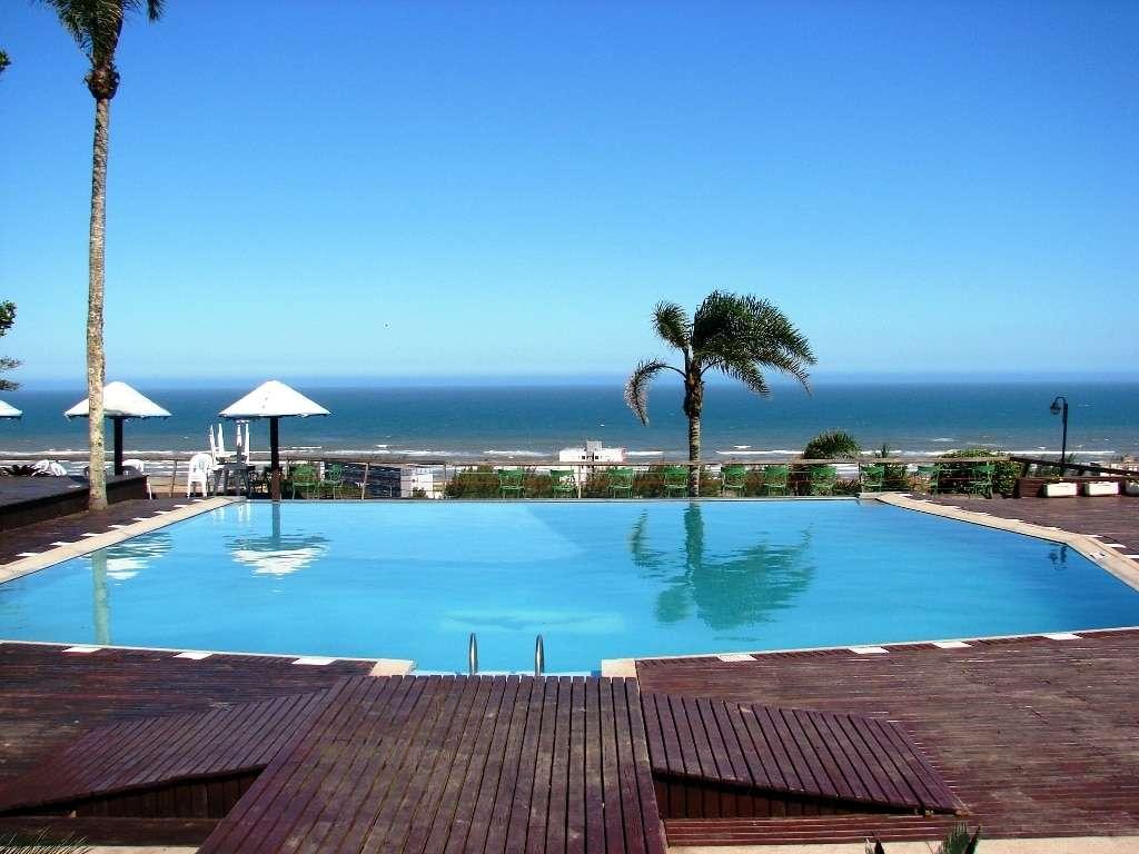 Vista privilegiada da praia do Hotel Morro dos Conventos.