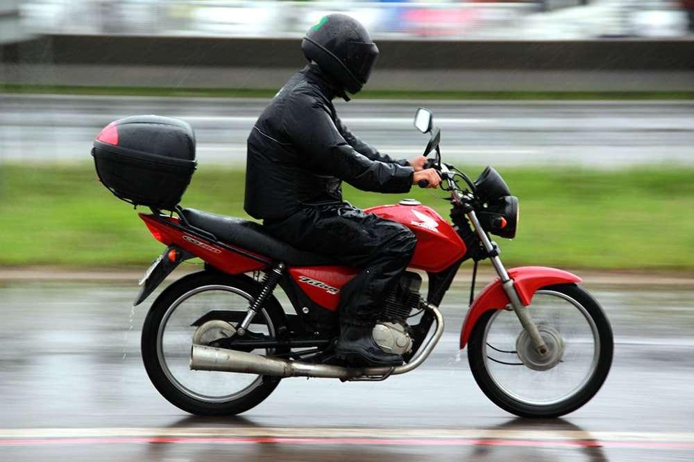tempo-instavel-requer-atencao-dos-motociclistas-101-sul-catarinense