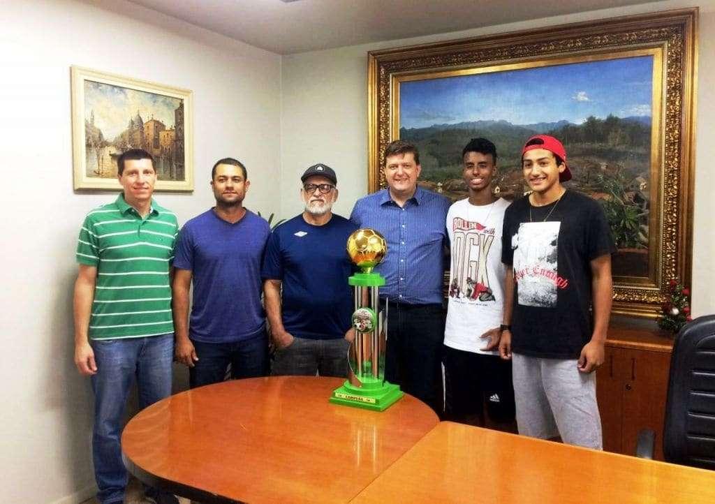 O prefeito Evandro Gava sempre foi um desportista e no seu mandato com o diretor de esportes, Jean Reis, Nova Veneza obteve destaque na região. Belo trabalho
