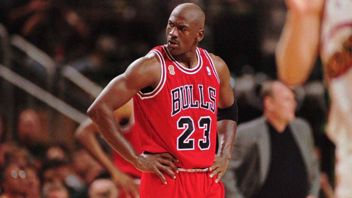 Desviación exilio Pensionista  Michael Jordan: o poder do astro do basquete | Portal Veneza